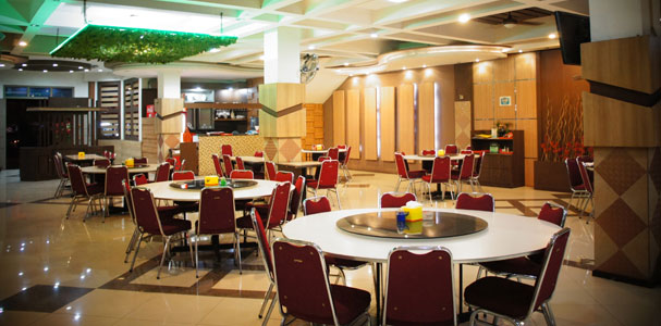 grand-krakatau-restaurant